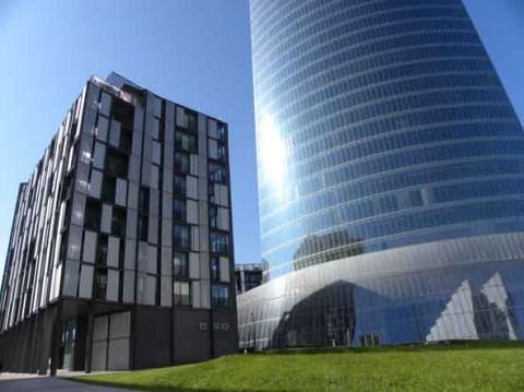 guia bilbao 37 FERRATER1 480x359 Edificio de viviendas en la ría de Bilbao