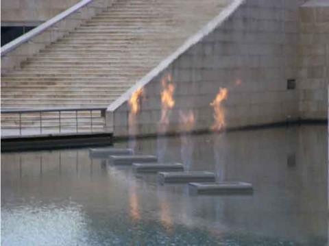 guia bilbao 3 yves klein3 480x359 Fuente de Fuego