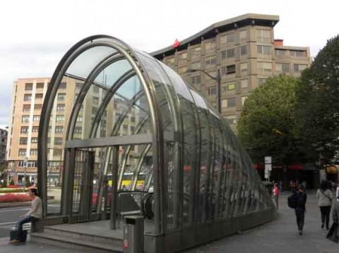 guia bilbao 49 metro03 480x359 Metro Bilbao