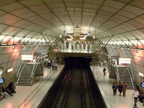 guia bilbao 49 metro11 480x359 Metro Bilbao