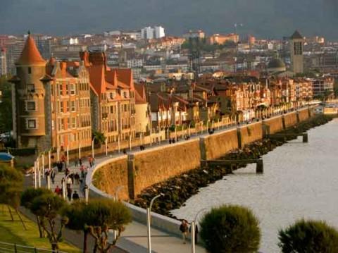 guia bilbao 2 puentecolgantepuertoviejo05 480x359 Bizkaiko Zubia  Portu Zaharra (2 o. 30 m)