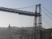 guia bilbao 2 puentecolgantepuertoviejo39 200x150 Bizkaiko Zubia  Portu Zaharra (2 o. 30 m)