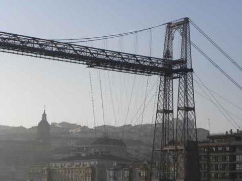 guia bilbao 2 puentecolgantepuertoviejo39 480x359 Bizkaiko Zubia  Portu Zaharra (2 o. 30 m)